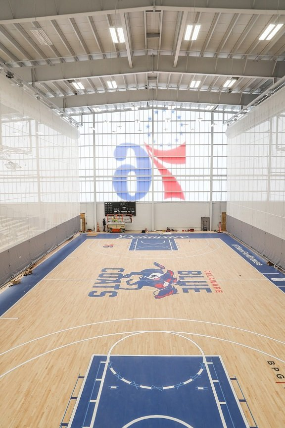76ers Field House Opening Night Draws Huge Crowd