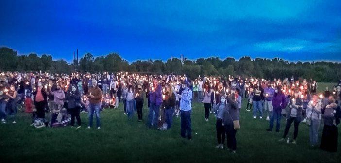 Hundreds attend vigil at Newark Charter School for teen brutally killed last week.
