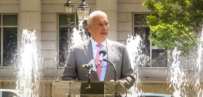 Media: Wilmington officials reveal new splash fountain in Rodney Square