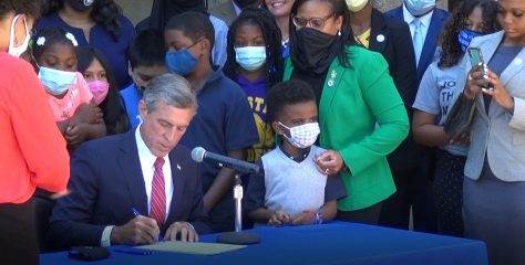 Governor Carney signs HB198 requiring Blackhistory instruction